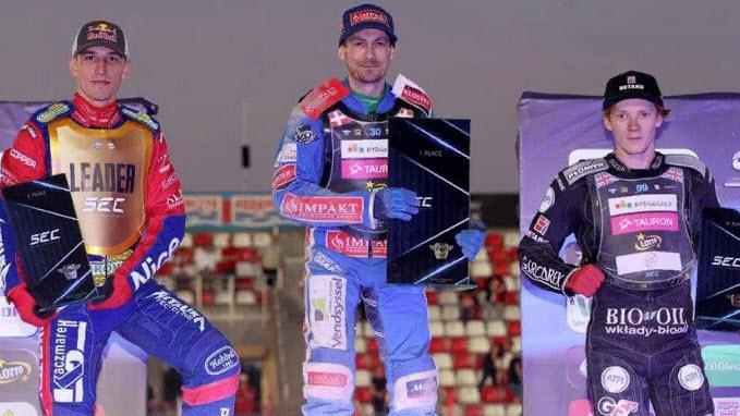 Датчанин Леон Мадсен выиграл первый этап SEC 2021