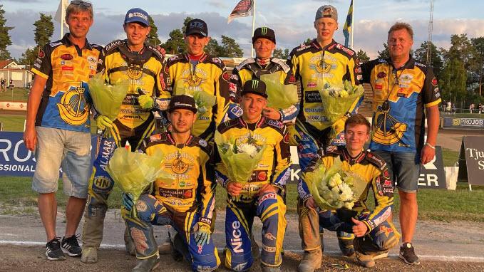 Команда Вастервик после гонки