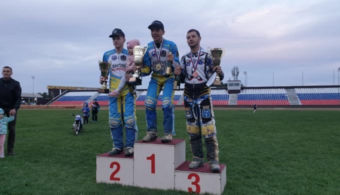 Сергей Логачев защитил чемпионский титул